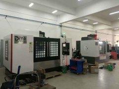 CNC1270与1060加工中心先后到位江西赣州